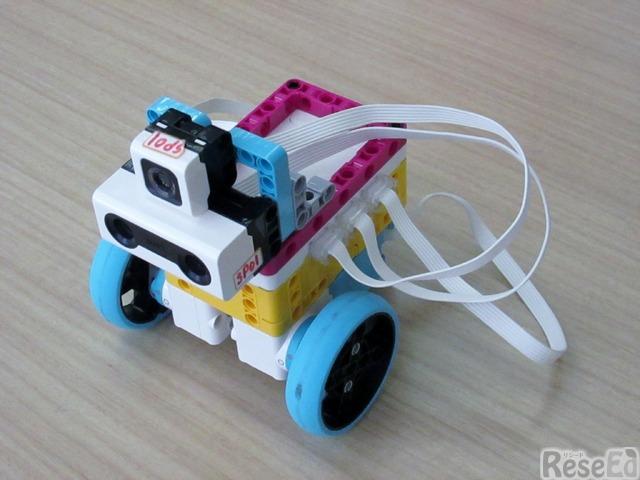 「SPIKEプライム」で組み立てられた「収穫作業自動化ロボット」