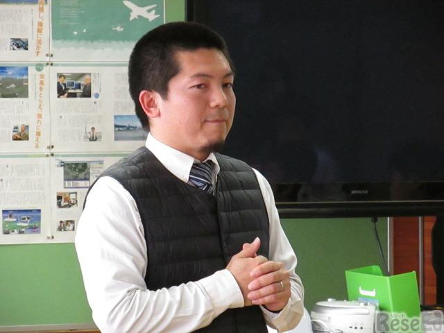 相模原市立清新中学校「技術」担当の須藤雄紀教諭